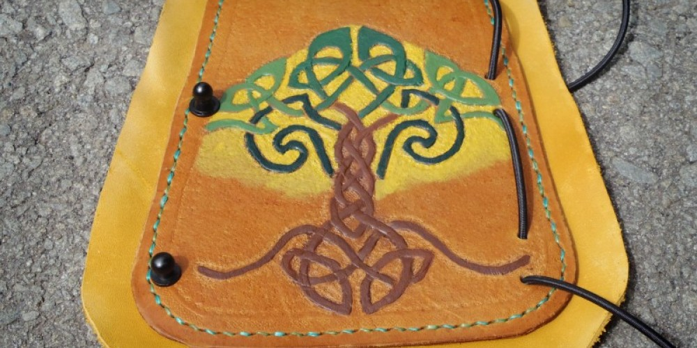 Leather arm guard with painted celtic knot work tooling. – Nuné Nazari