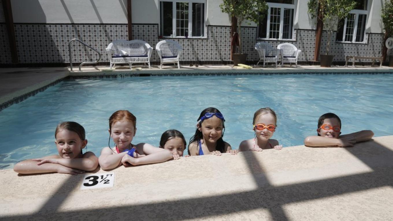 60 fool indoor heated pool – Walter Hodges