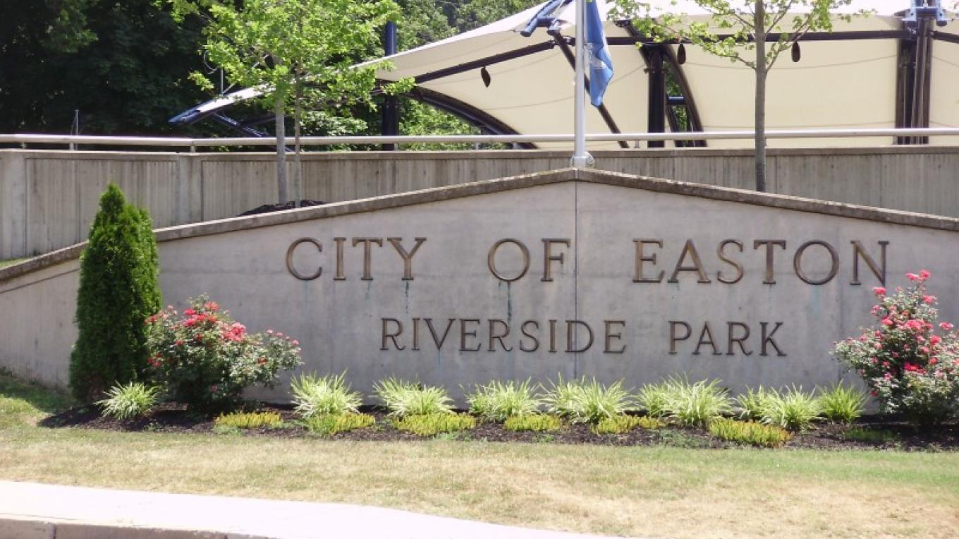 Welcome to RIverside Park – City of Easton