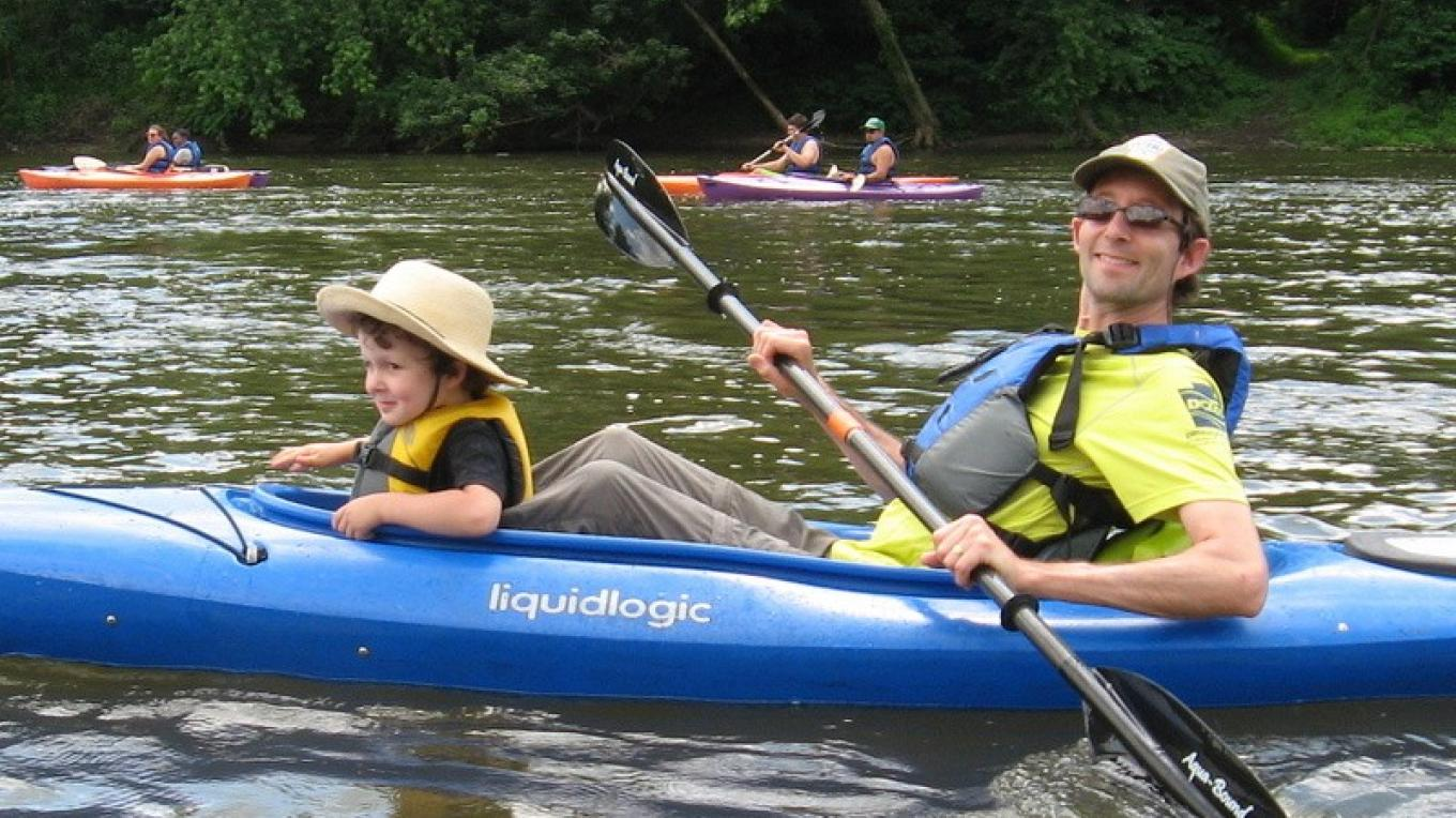 Father & son enjoy a day of paddling the Delaware River. – Delaware Canal State Park