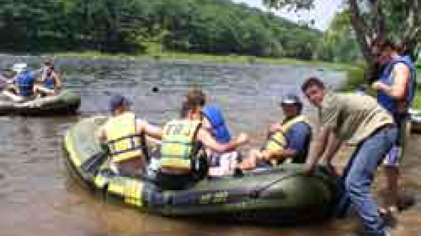 25 years of safe river trips on the Delaware & Lackawaxen Rivers. – P. A. Murphy