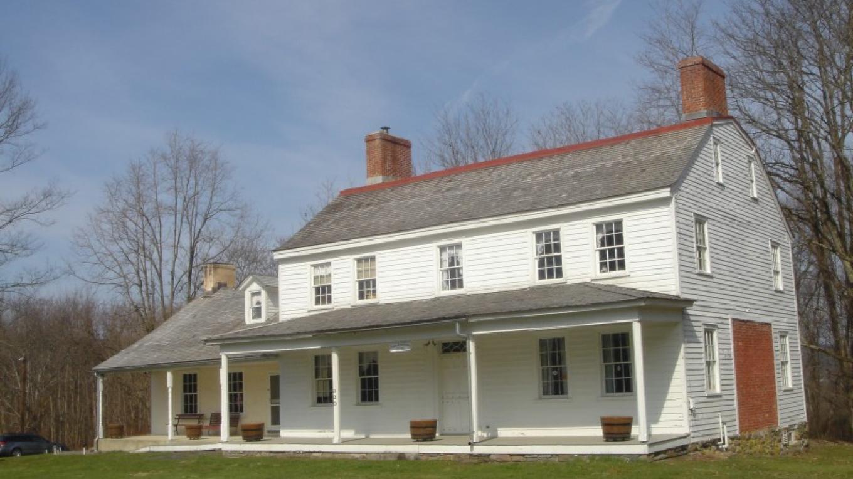 c1790 Dutch Colonial – Beth Jones