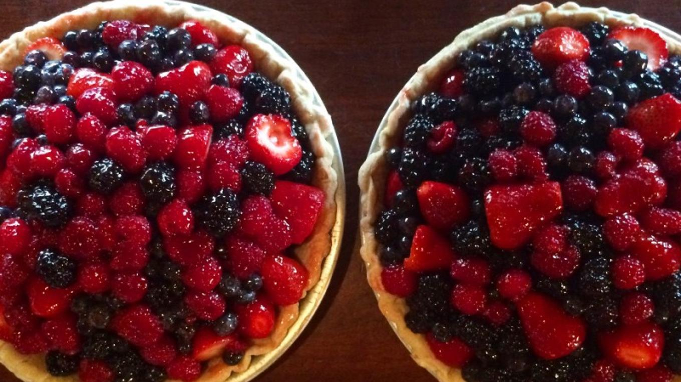 Fresh Fruit Pies – Jim Heigis