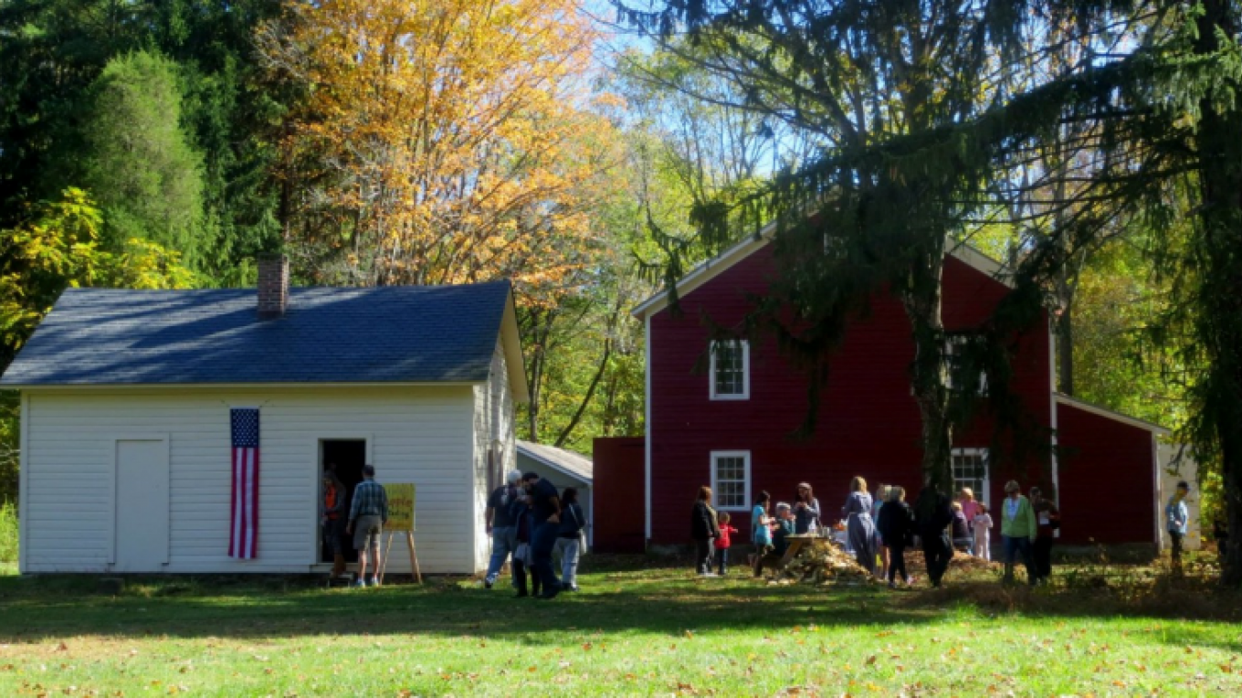 Ramsaysburg Homestead Site - Riverside Fall Festival – Chrissy Beegle