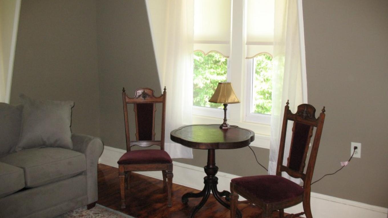 Suite 401 – Photo by: Deer Head Inn