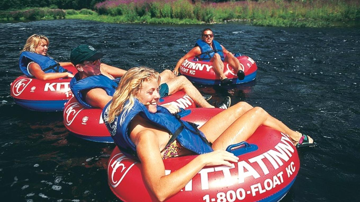 Tube with your friends- we will transport you up river and you will finish your trip right at our River Beach Campsite. (3 miles = apx.2.5 hours of fun) – Kittatinny Canoes, Inc
