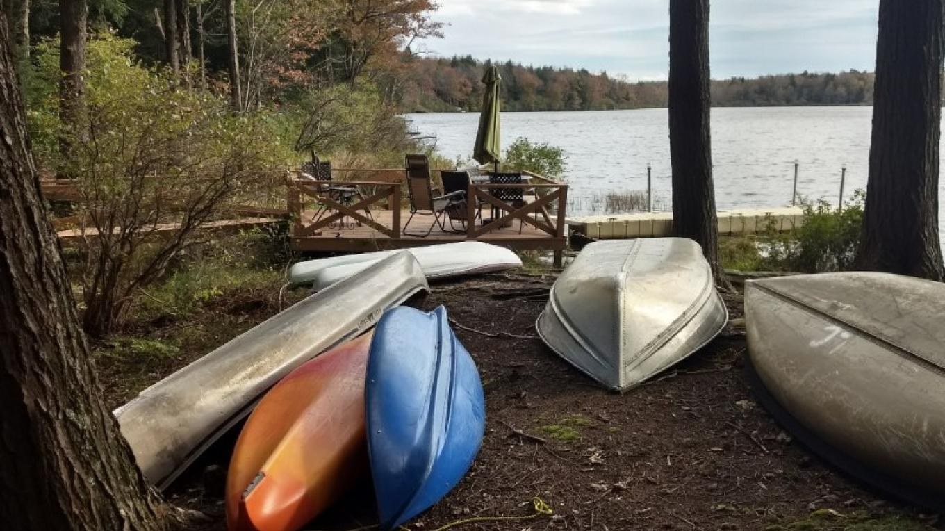 Kayaks, canoes provided at chalet and cottage