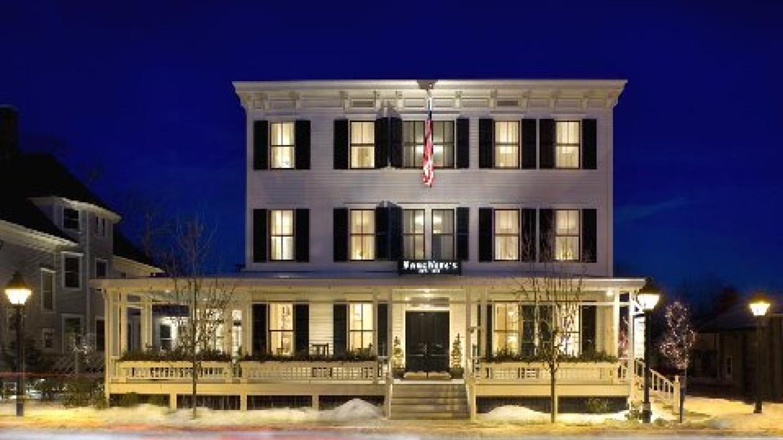 Hotel Fauchere by night