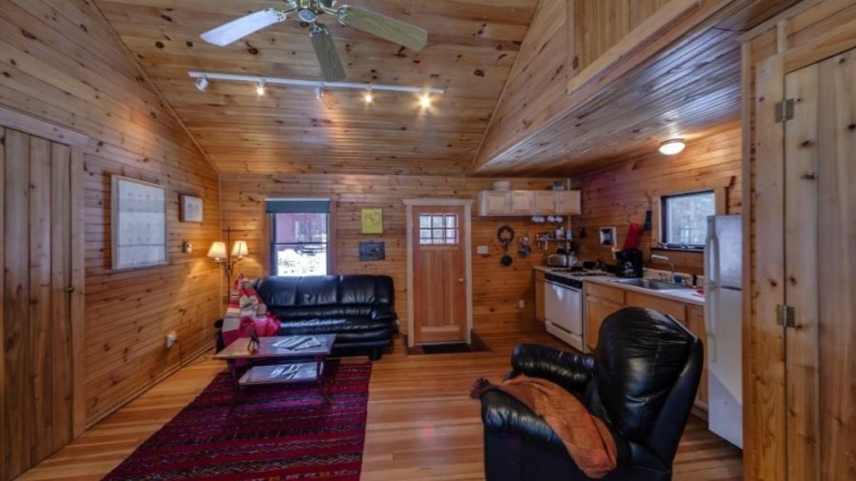Living room-—Cottage – Oleg March