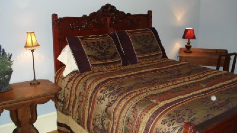 Room 304 – Photo by: Deer Head Inn