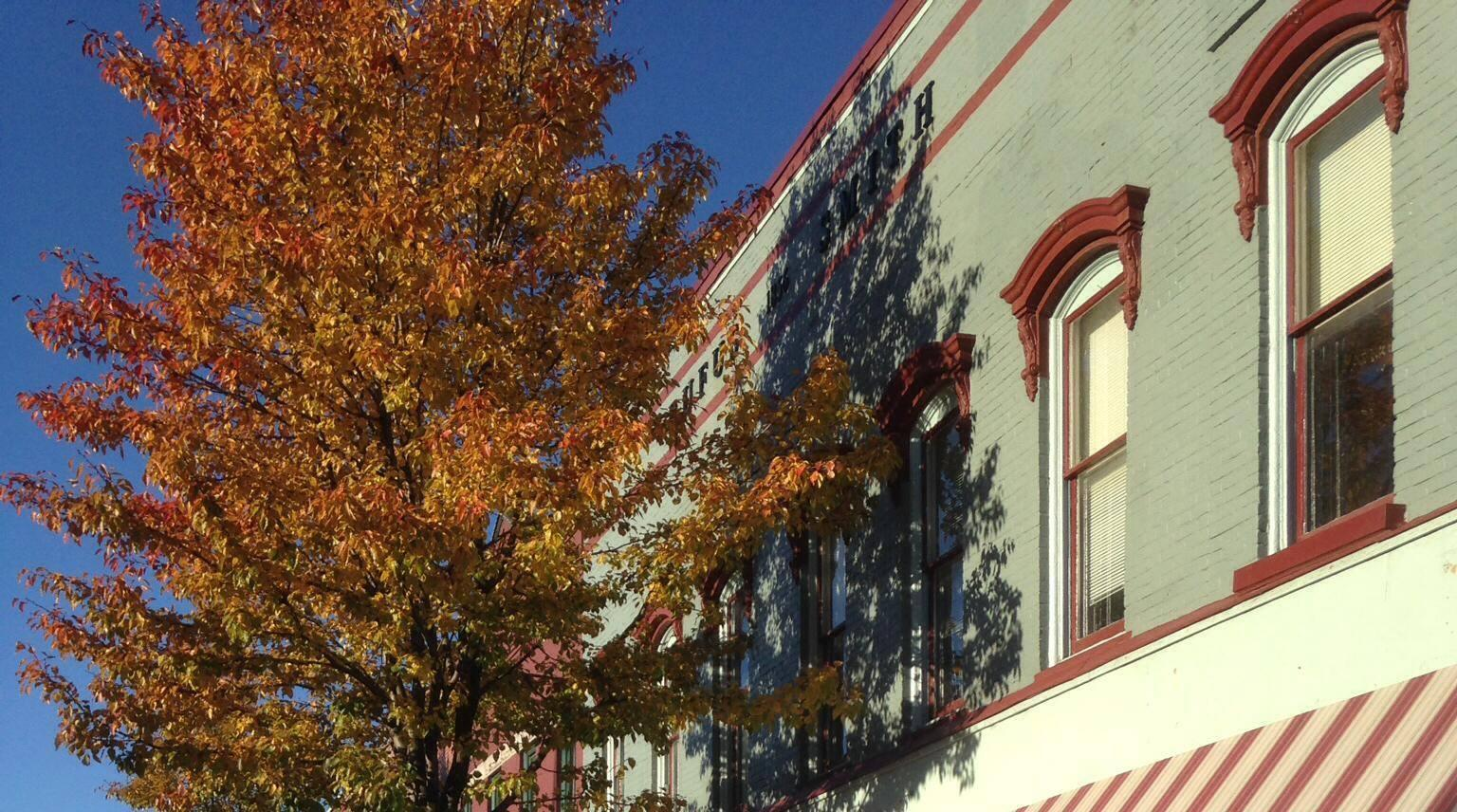 Fall on Main Street in Perry.