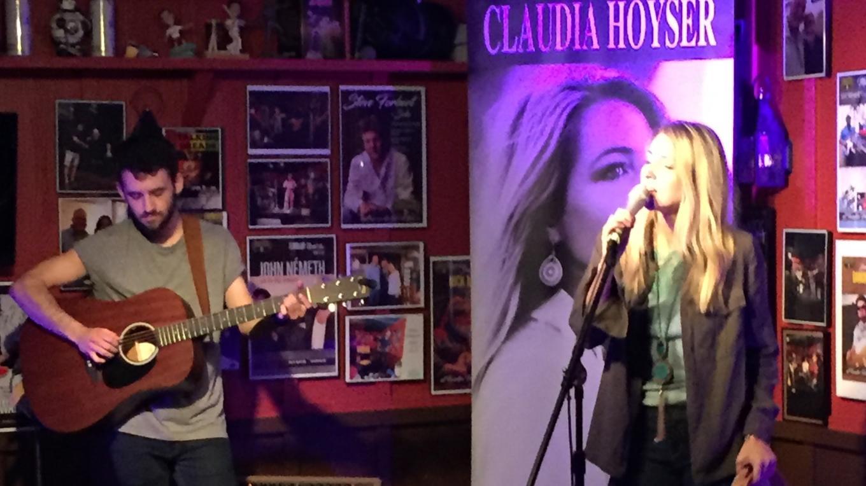 Claudia Hoyser, Fanatics Pub