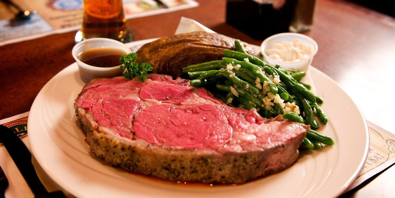 The prime rib at Leisure's Restaurant in Lakeville.