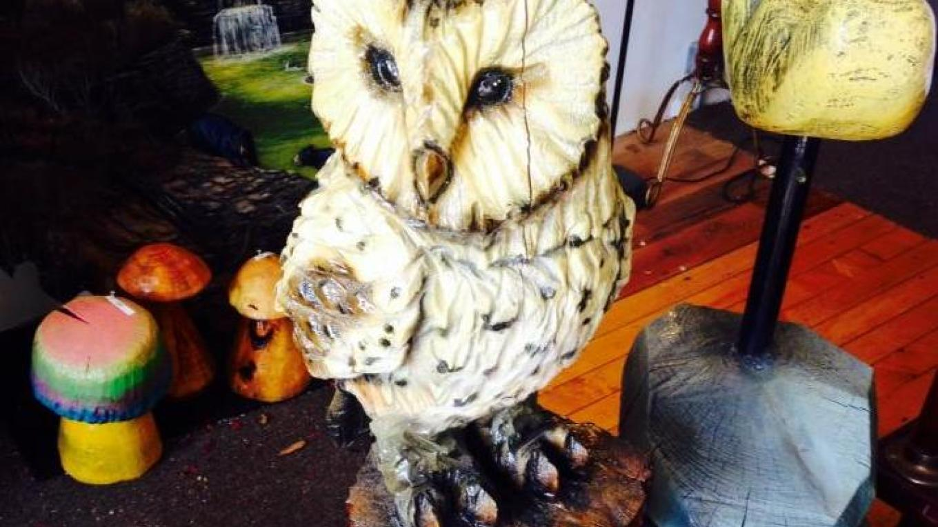Owl figure at Carvings & More in Mount Morris. Made by James Link. – Artist James Link