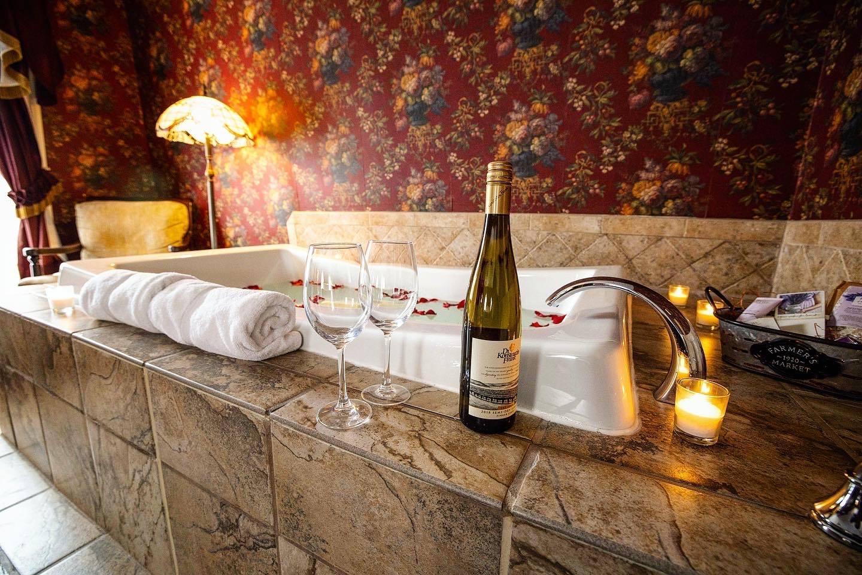 Valentine's Day luxury at Geneseo's Big Treee Inn