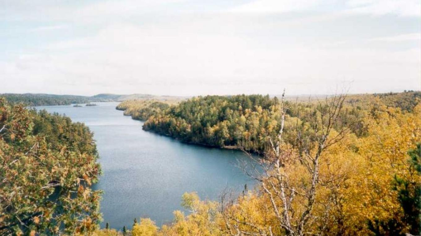 Bearskin Lake Overlook on the Caribou Rock Trail – Andy Hubley