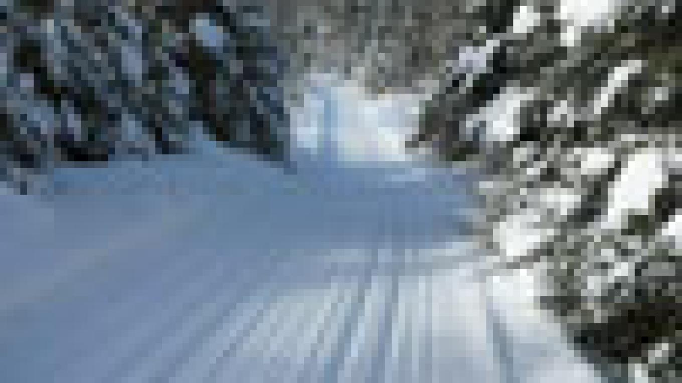 Groomed and tracked cross-country ski trails – Bearskin Lodge