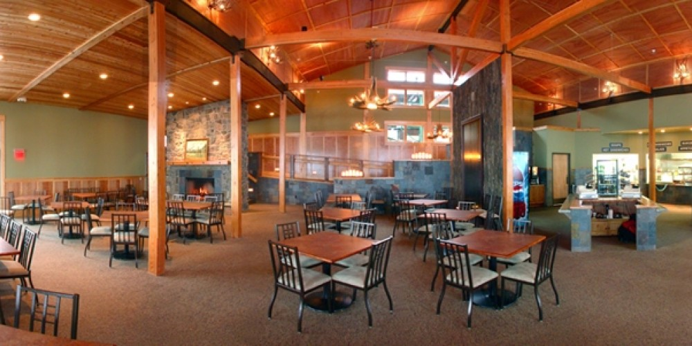 The Summit Chalet welcomes visitors to the eatery, or for private wedding events.