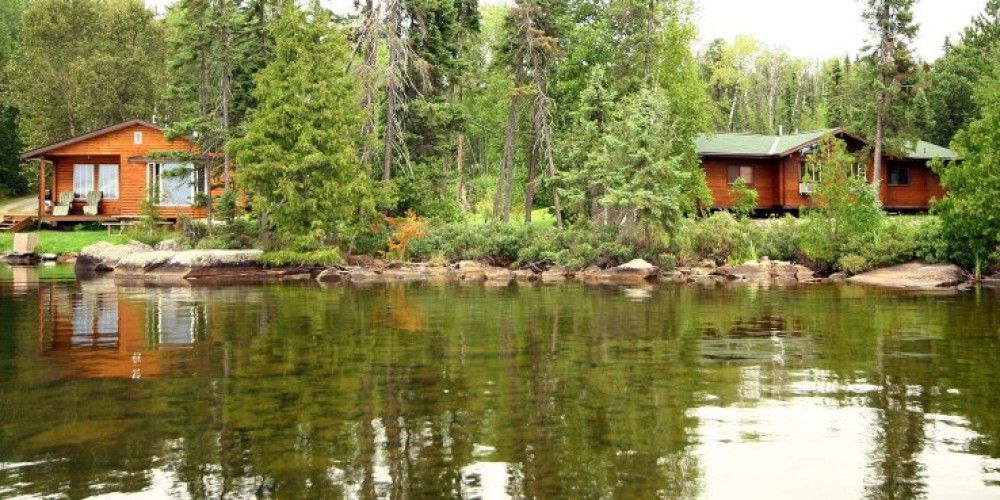 Nym Lake - 2 cabins - drive in