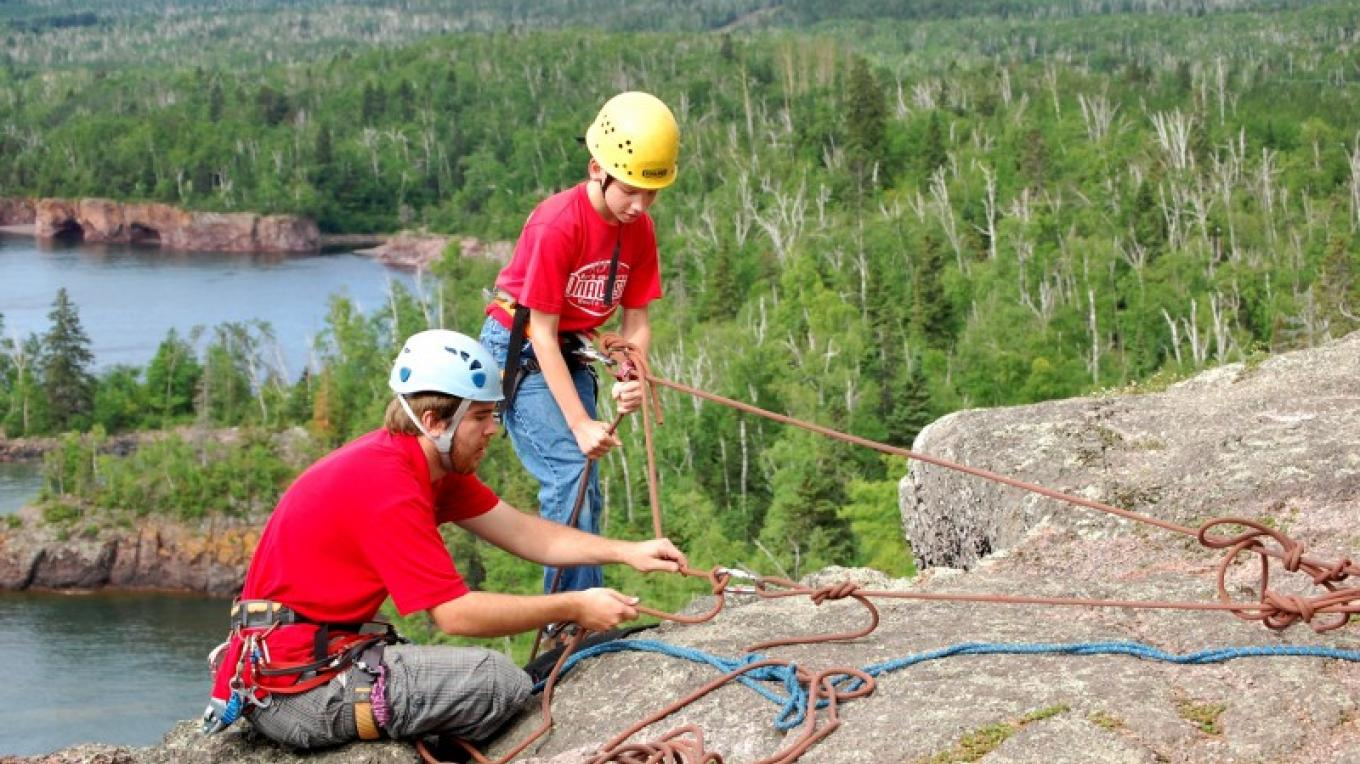 Rock Climbing on Shovel Point – MN DNR