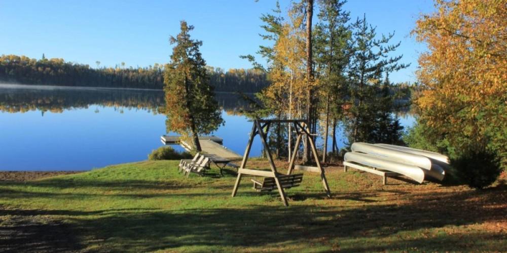 Lodge lakefront
