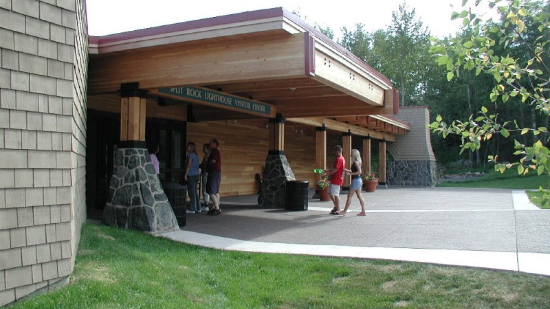 Split Rock Lighthouse Visitor Center – Lee Radzak