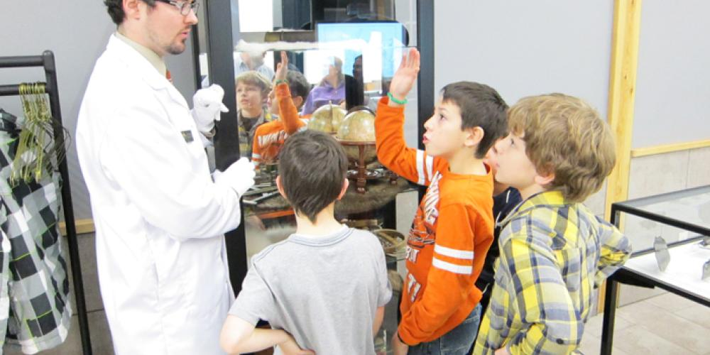 Learn about comets, meteors and other celestial objects at the David Thompson Astronomical Centre – Fort William Historical Park