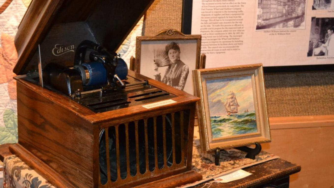 Edson Phonograph located in Pioneer Exhibit – Jillian Berry