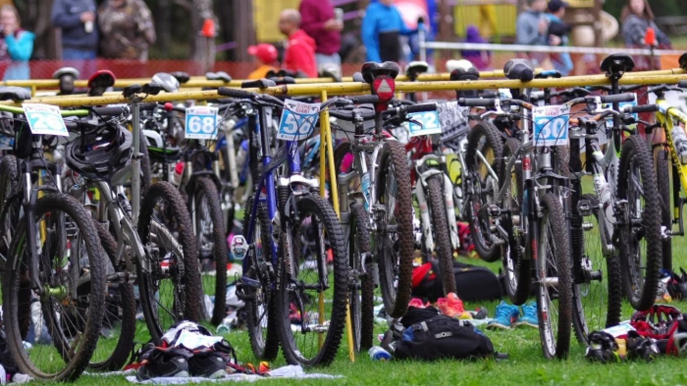Bikes in the transition area – XTERRA Sleeping Giant