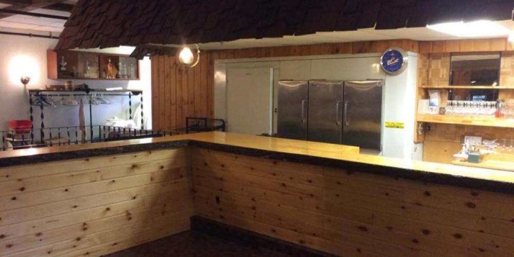 Newly Renovated Bar – Tara Warren