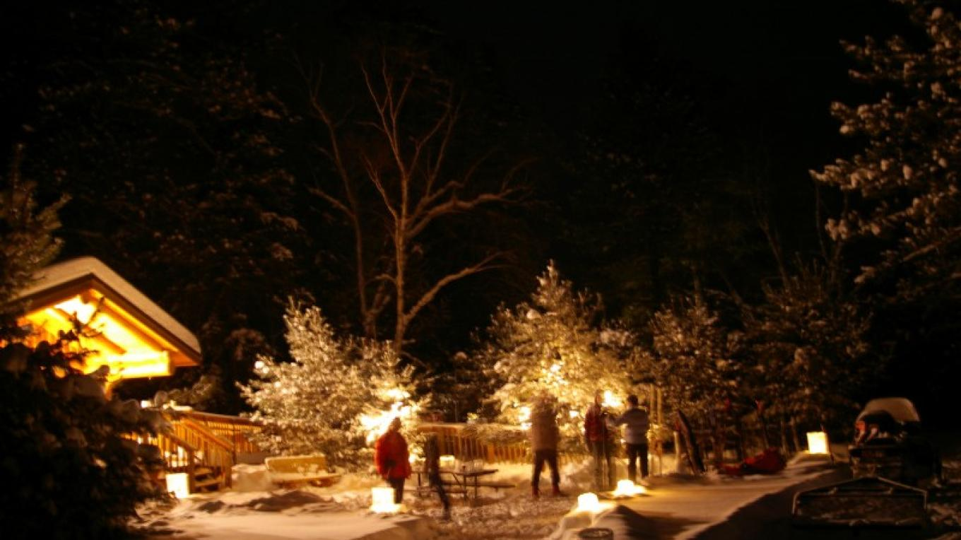 Candlelit ski Quetico centennial 2009 – Catherine Reilly