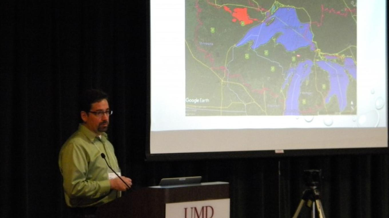 Trent Wickman - USDA - Air Pollution Across the Heart- Trends, Ecosystem Effects and Emerging Threats