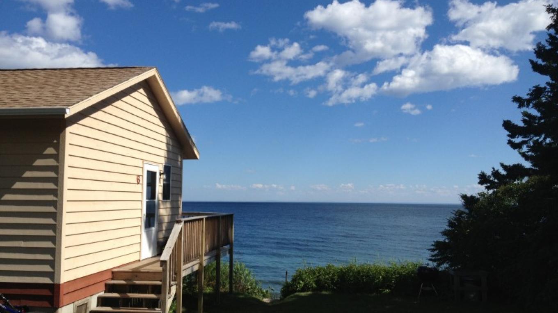 seasonal cabin – Jamie MacFarlane