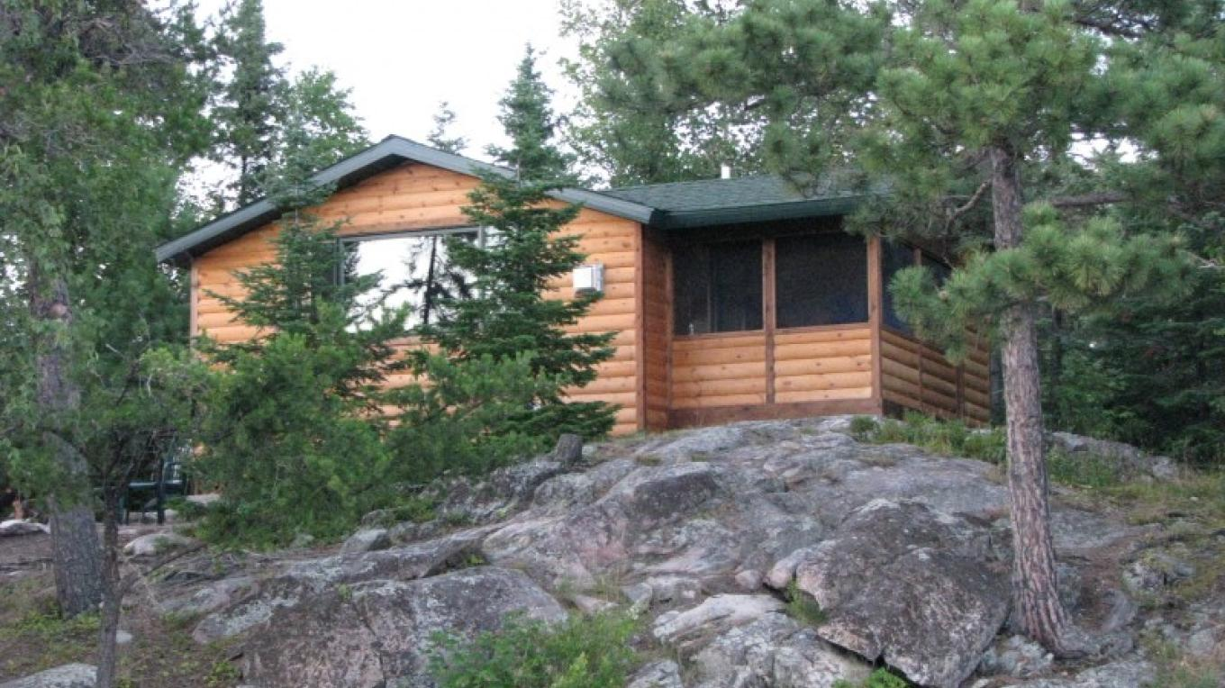 Point Cabin Exterior – Owner