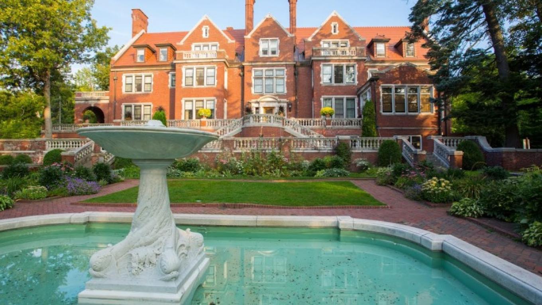 Glensheen and the Formal Garden
