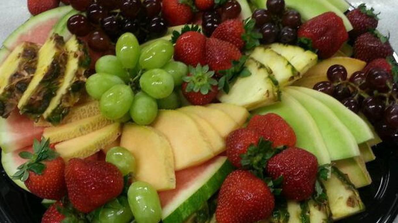Fruit Platter – Daytona's Kitchen + Creative Catering