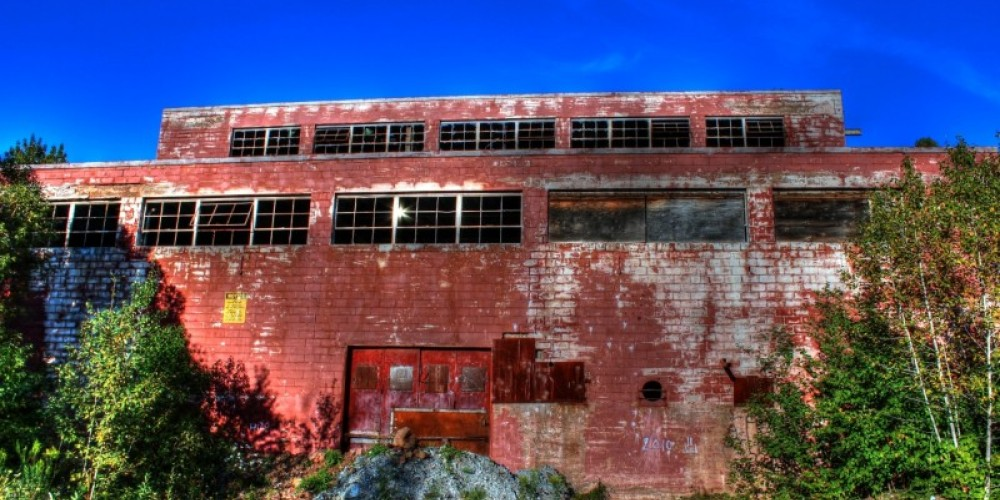 One of the many abandoned buildings you can walk around and explore at the old mine site. – Doug Strom