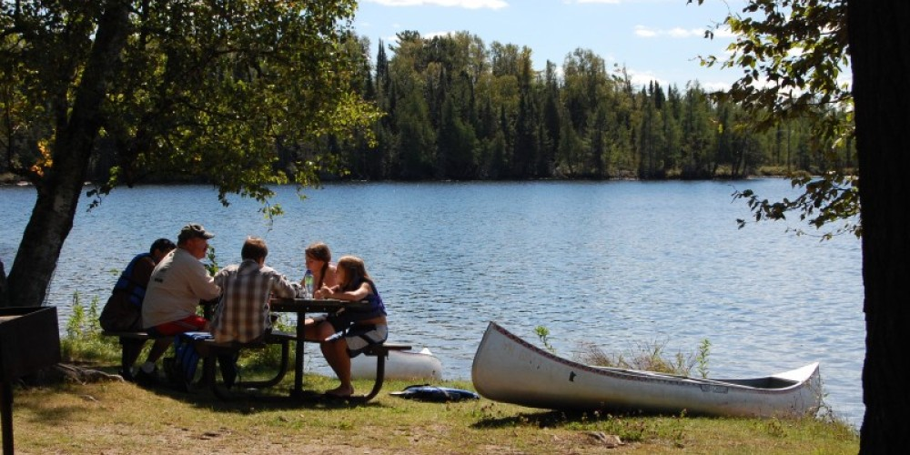 Canoeing and Picnicing on Bear Head Lake – MN DNR