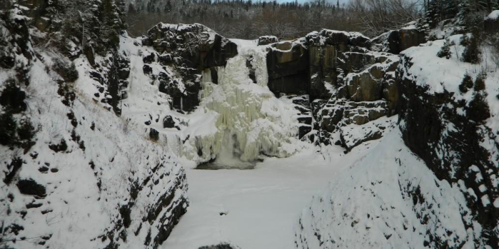 High Falls in Winter – Jonathan Laxen