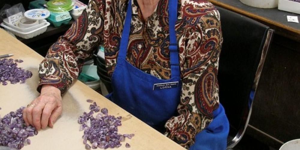 amethyst artesian – Amethyst Gift Centre
