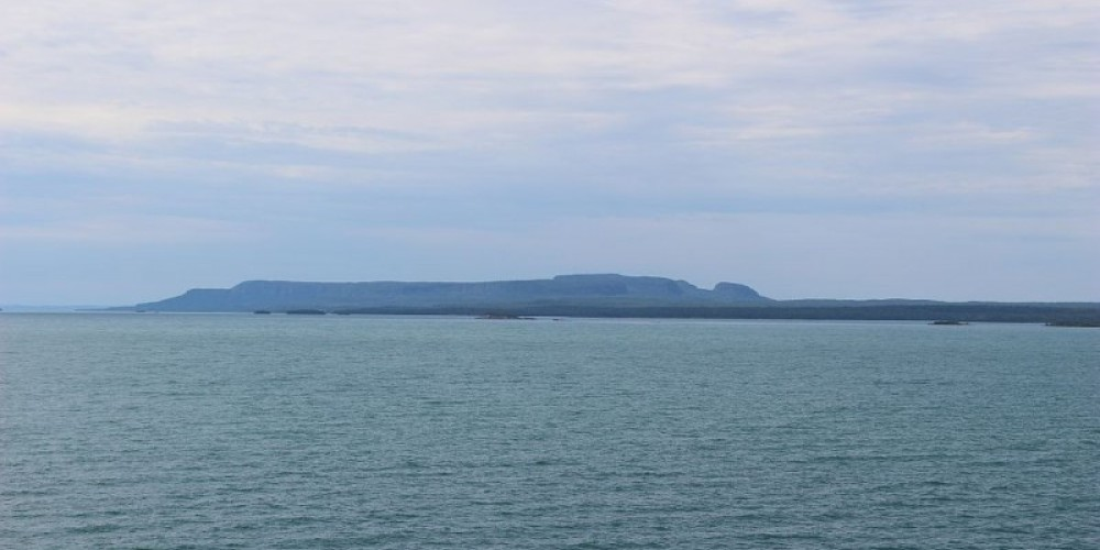 Great views of the famed Sleeping Giant and Lake Superior with a climb to the top of the lighthouse. This is the view first seen by the white man of The Giant. Later to become a route to Fort William. – Photo by: S. Reid
