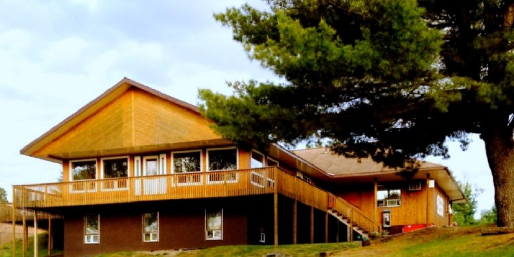 lodge – Camp Quetico