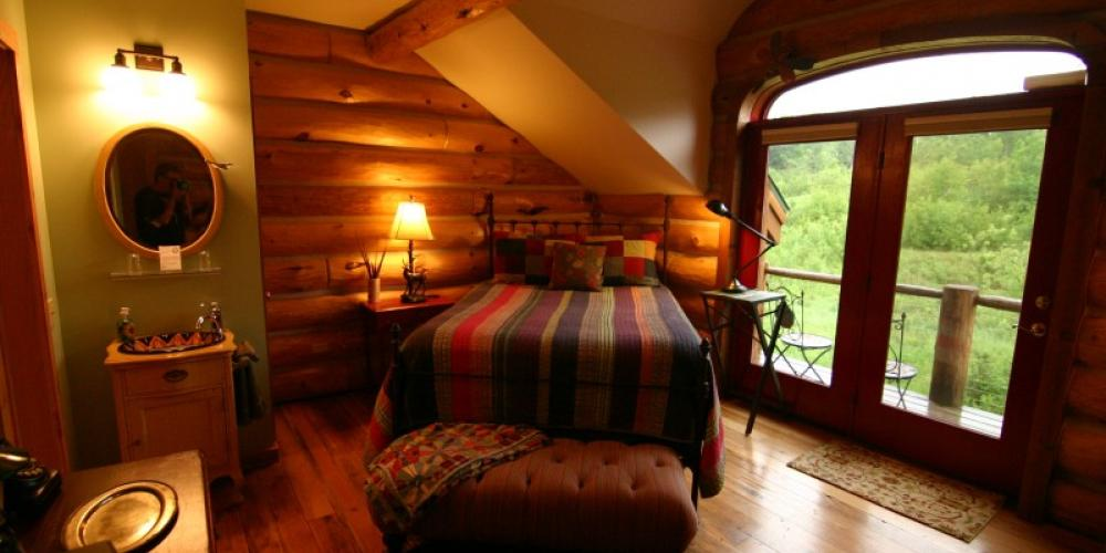 Sunset Room - Up north cozy – Andy Fisher