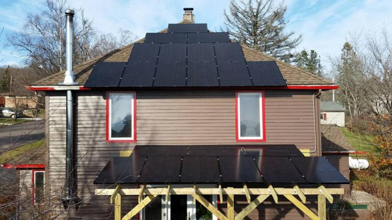 Our Solar PV System – Jay Arrowsmith DeCoux