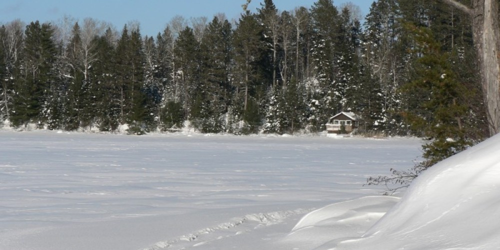 Snow-shoe trail to Winter Retreat - French Lake