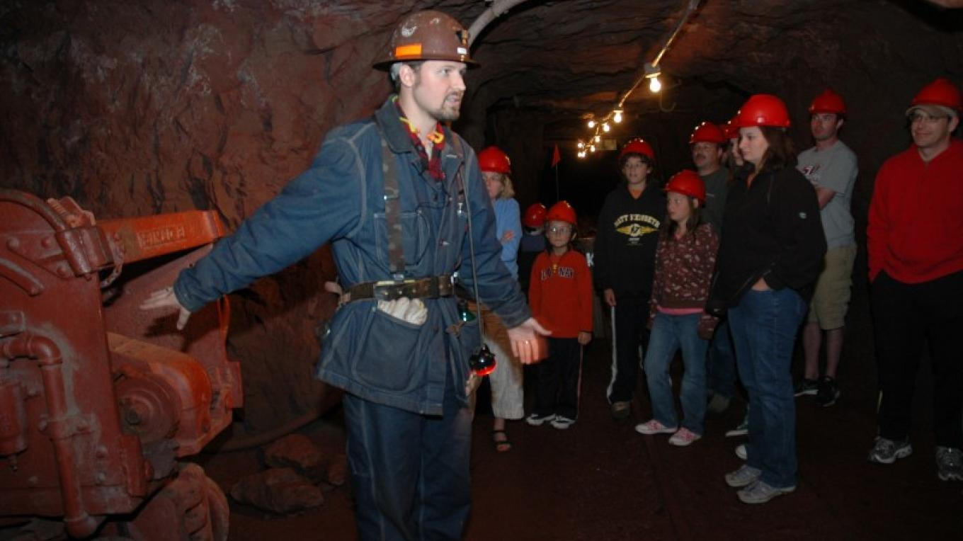 Park Interpreter sharing the mine's rich history. – MN DNR