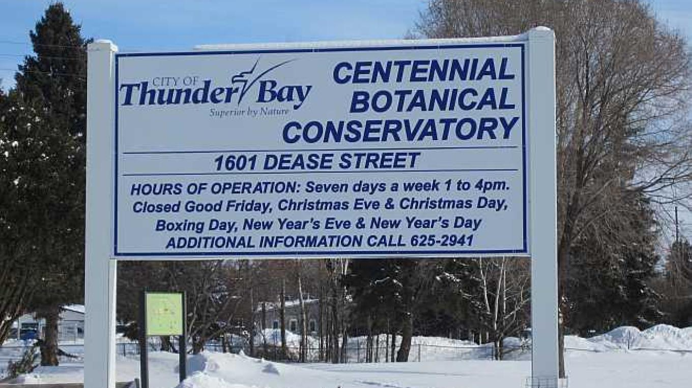 The sign tells you the times this unique Thunder Bay attraction is open. – Bonnie Schiedel