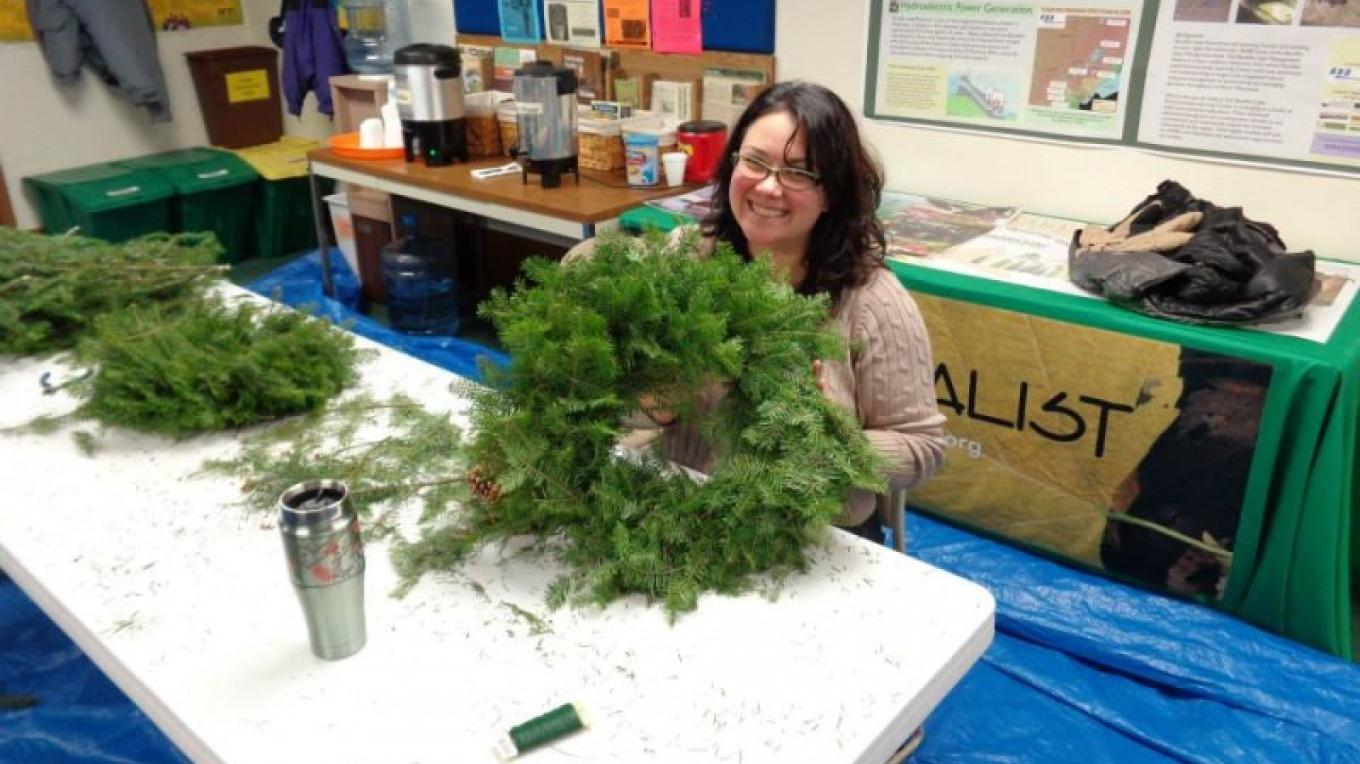 Balsam fir wreath making workshop - sustainable non-timber forest product class. – John Geissler