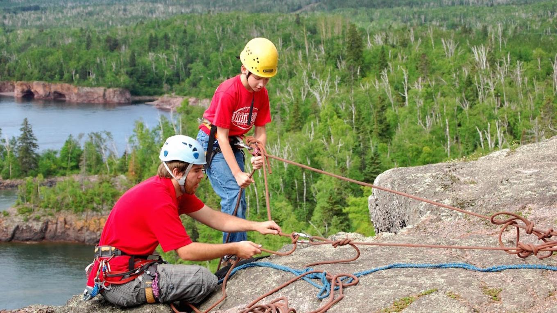 Rock climbing in Tettegouche State Park – Minnesota DNR