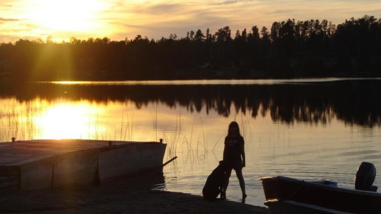 A beautiful sunset on Niobe Lake